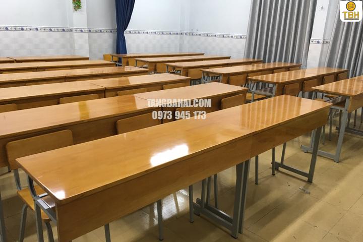 Lưu ý khi mua bàn ghế học sinh