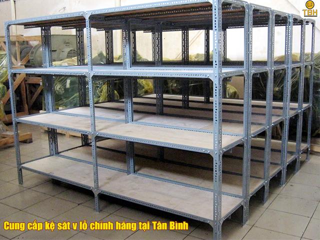 Địa chỉ cung cấp kệ sắt v lỗ chính hãng tại Tân Bình