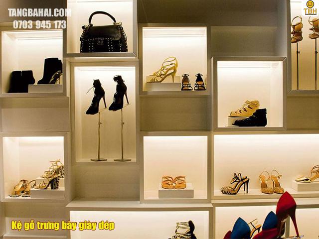 Kệ gộ trưng bày giày dép giá rẻ