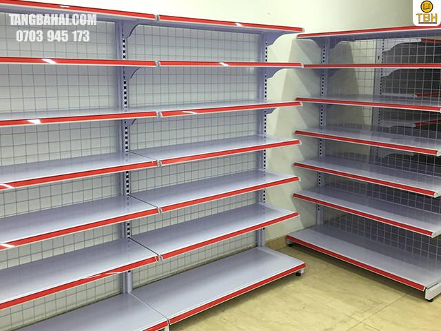 công dụng của giá kệ siêu thị