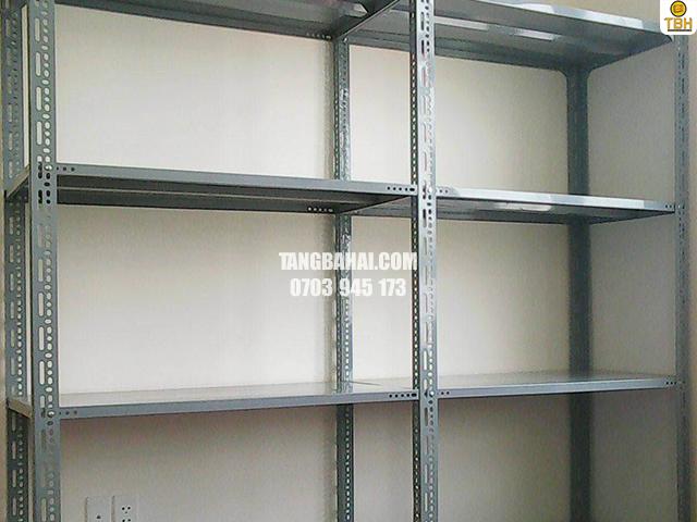 Địa chỉ mua kệ sắt v lỗ tại TPHCM